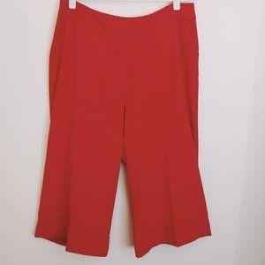 Lane Bryant Red Cuffed Capri Size 16